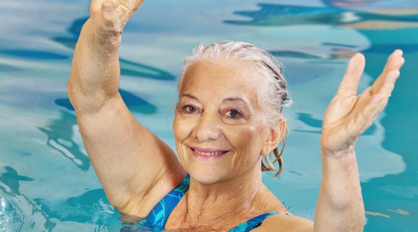 Ein bewegter Alltag und die richtige Dosis Sport können Sie wirkungsvoll dabei unterstützen, wenn Sie mit einer Gelenkerkrankung wie Rheuma, Arthritis oder Arthrose abnehmen wollen. Und die Bewegung lindert unter Umständen ganz unmittelbar die Beschwerden ...